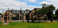 Picture of Huntly Arms Hotel