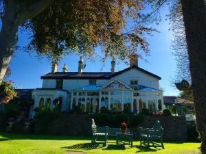 Clarence House Country Hotel