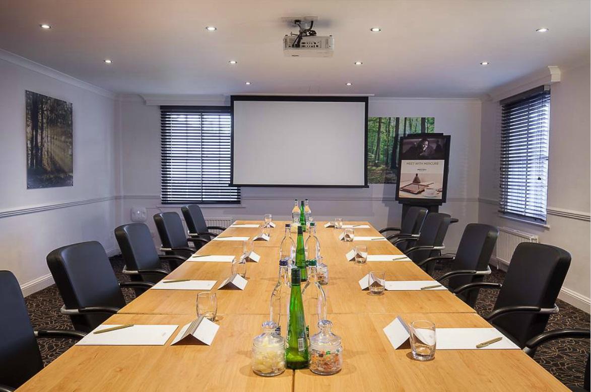 conference venue details mercure st albans noke hotel st. Black Bedroom Furniture Sets. Home Design Ideas