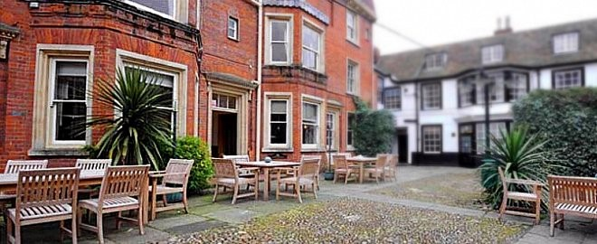 Picture of Rutland Arms Hotel