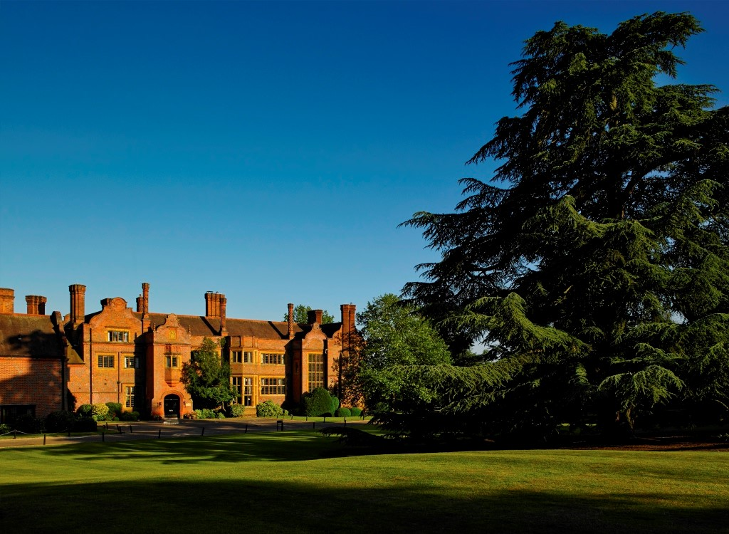 Picture ofHanbury Manor Marriott Hotel & Country Club