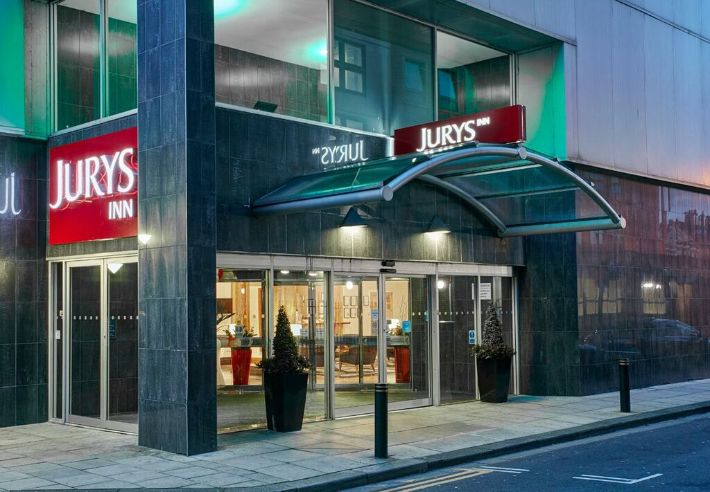 SEE THE LATEST OFFERS. Stay in the heart of Milton Keynes at the recently refurbished Jurys Inn, perfect for business or pleasure Find out more.