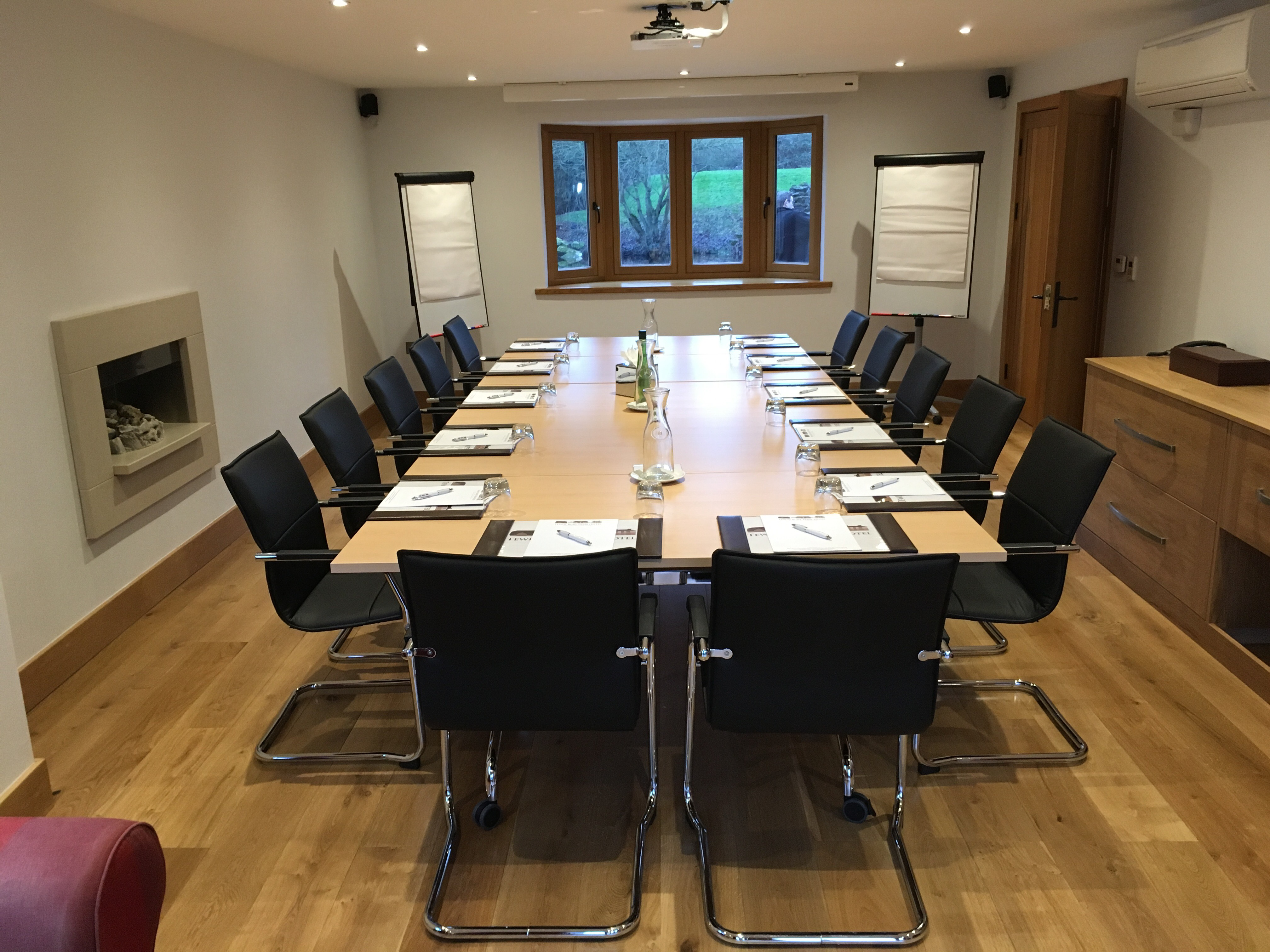 Conference Venue Rooms And Rates Tewin Bury Farm Hotel High Welwyn