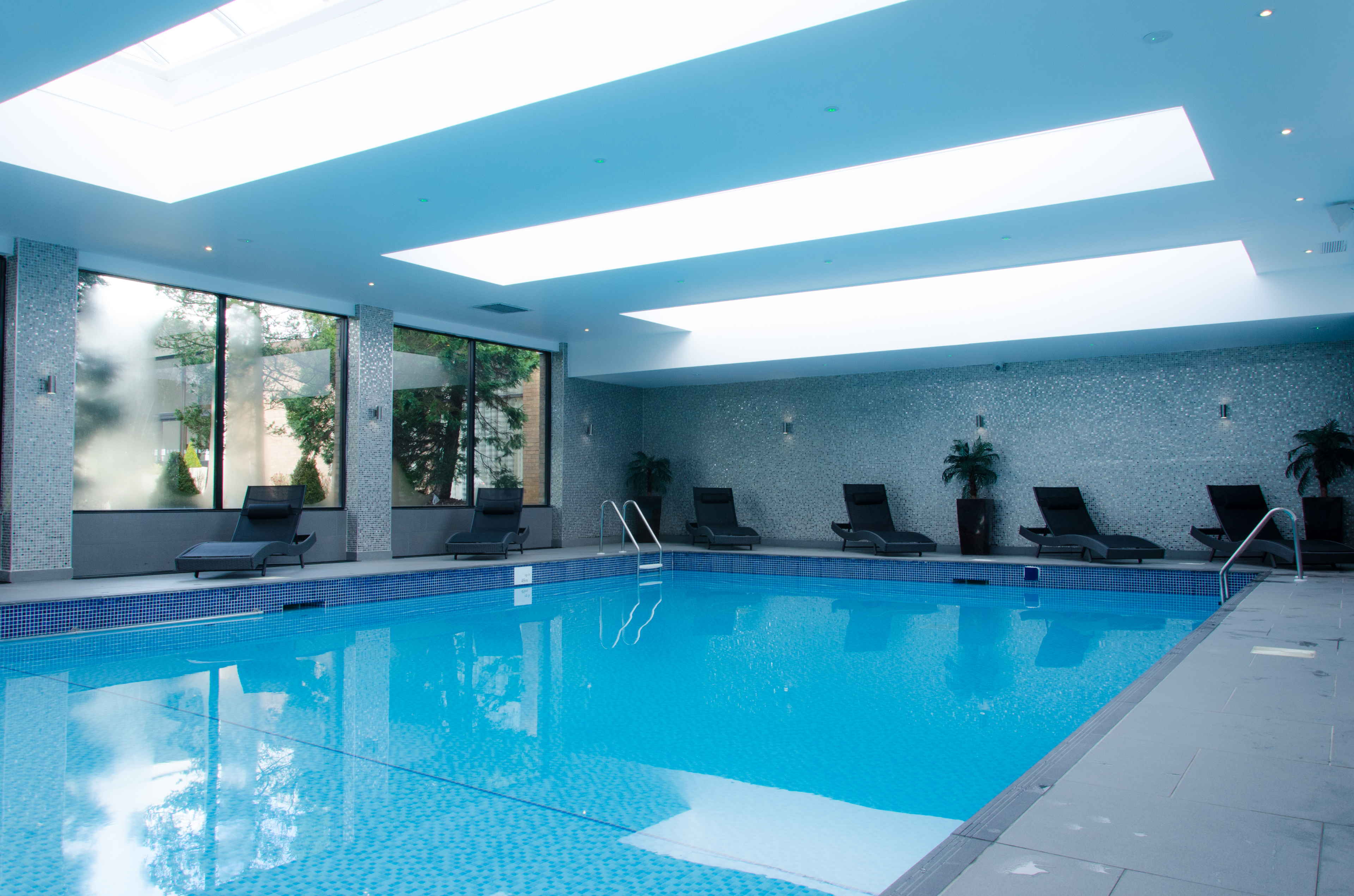Conference venue details holiday inn newcastle upon tyne - North east hotels with swimming pool ...