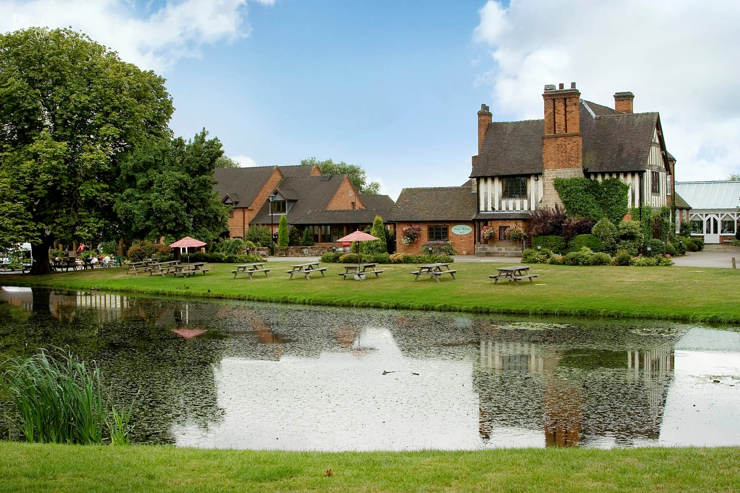 Moat House Acton Trussell