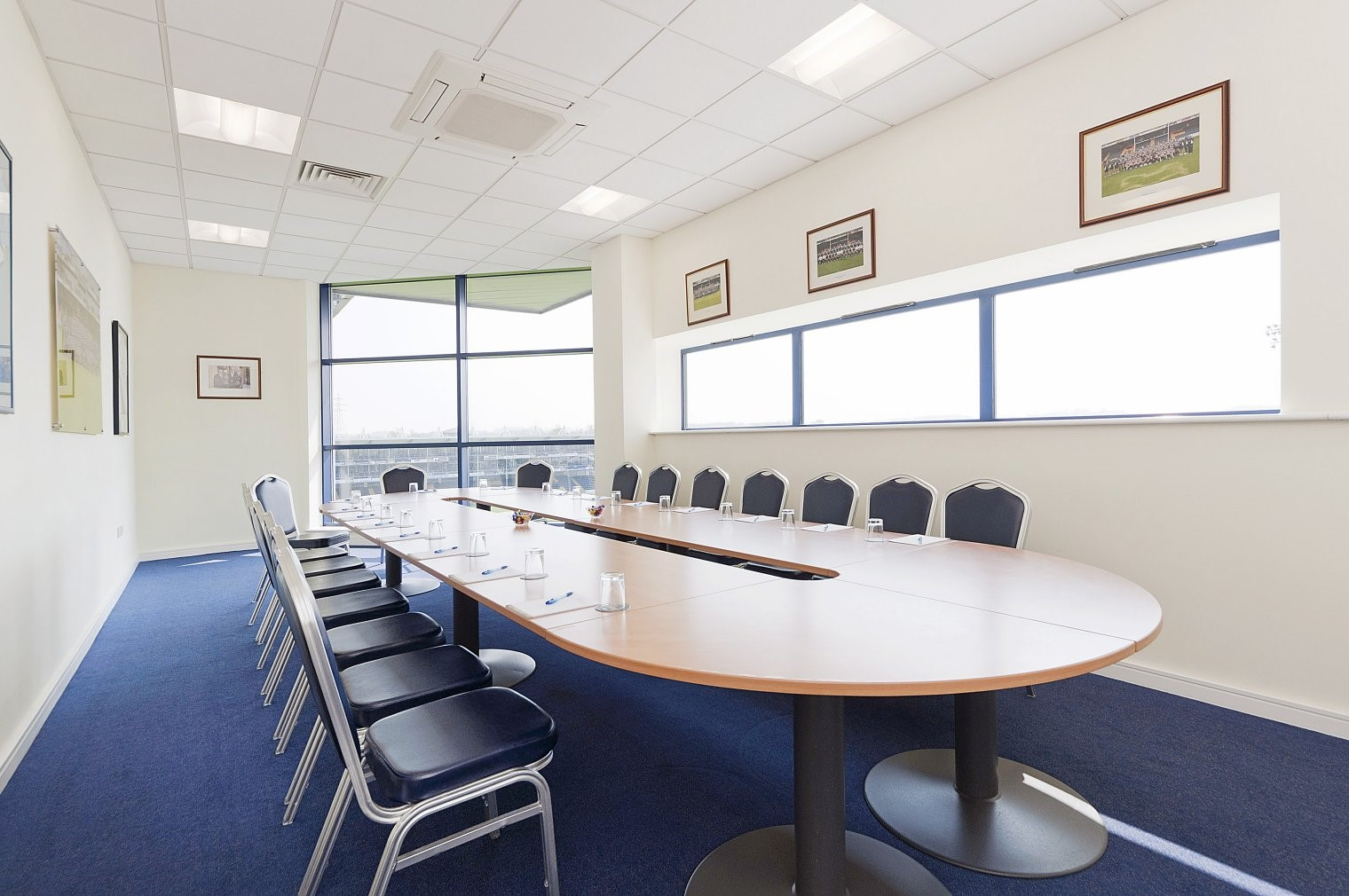 Warriors Boardroom (East Stand)